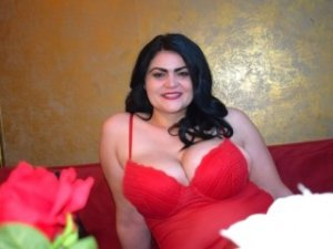 Tristane escort girl and tantra massage