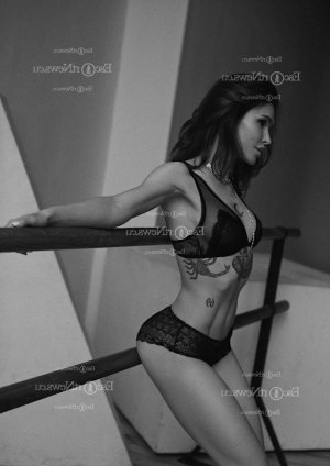 Giselle erotic massage & live escort
