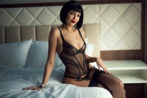 Sylvanna escorts in Troy, erotic massage